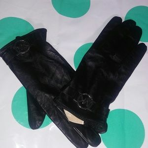 MICHAEL Michael Kors Accessories - Mk gloves